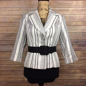 WHBM Size 6 White Black vertical Stripes Blazer